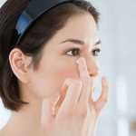 5 mẹo chữa mụn thịt quanh mắt từ nguyên liệu thiên nhiên