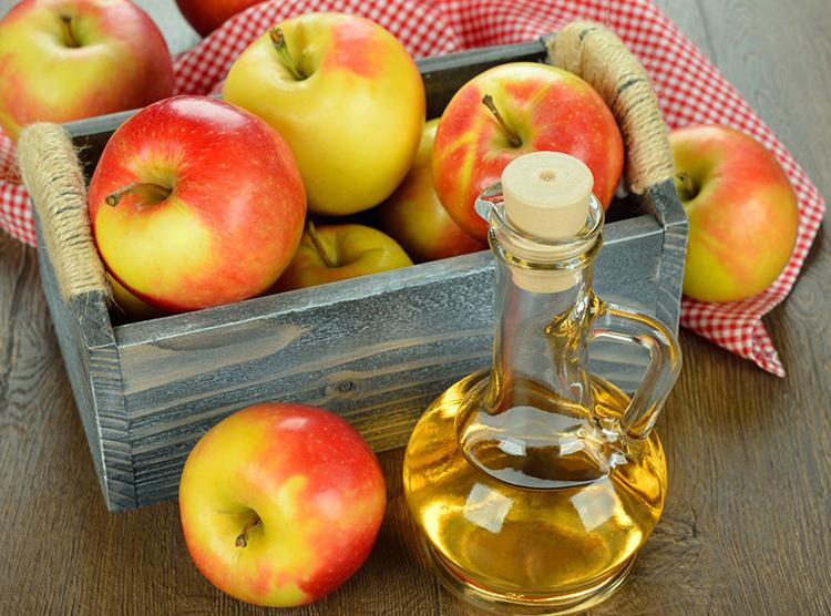 Cách tẩy mụn ruồi thịt tại nhà bằng dấm táo